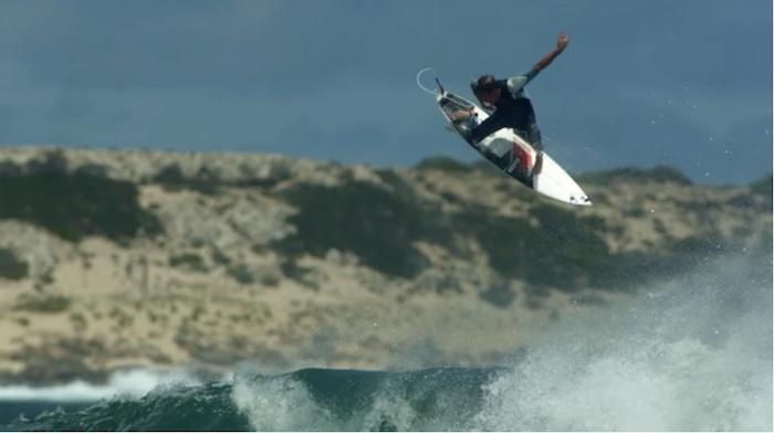 Il surf a 100 frame per secondo! Impressionante